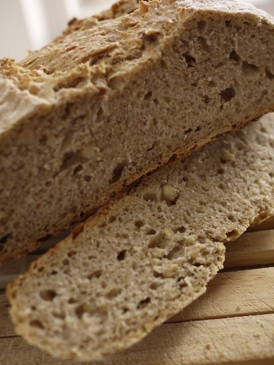 pan de granos de trigo y sidra